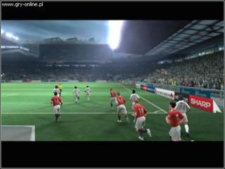 UEFA Champions League 2004-2005 - screen - 2005-04-18 - 44371