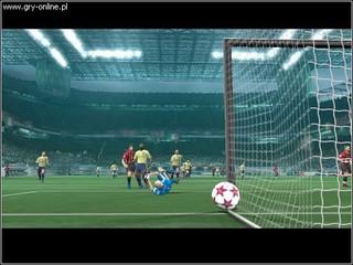 UEFA Champions League 2004-2005 - screen - 2005-04-18 - 44374