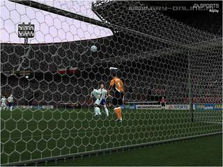 FIFA Football 2004 - screen - 2003-12-30 - 22015
