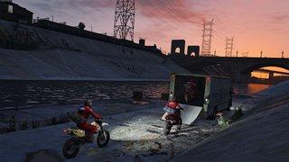 Grand Theft Auto V id = 295816