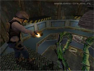 Half-Life id = 30548