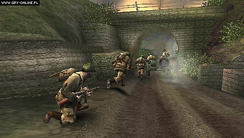 Call of Duty: Roads to Victory PSP Gry Screen 5/12, Amaze Entertainment, Activision Blizzard
