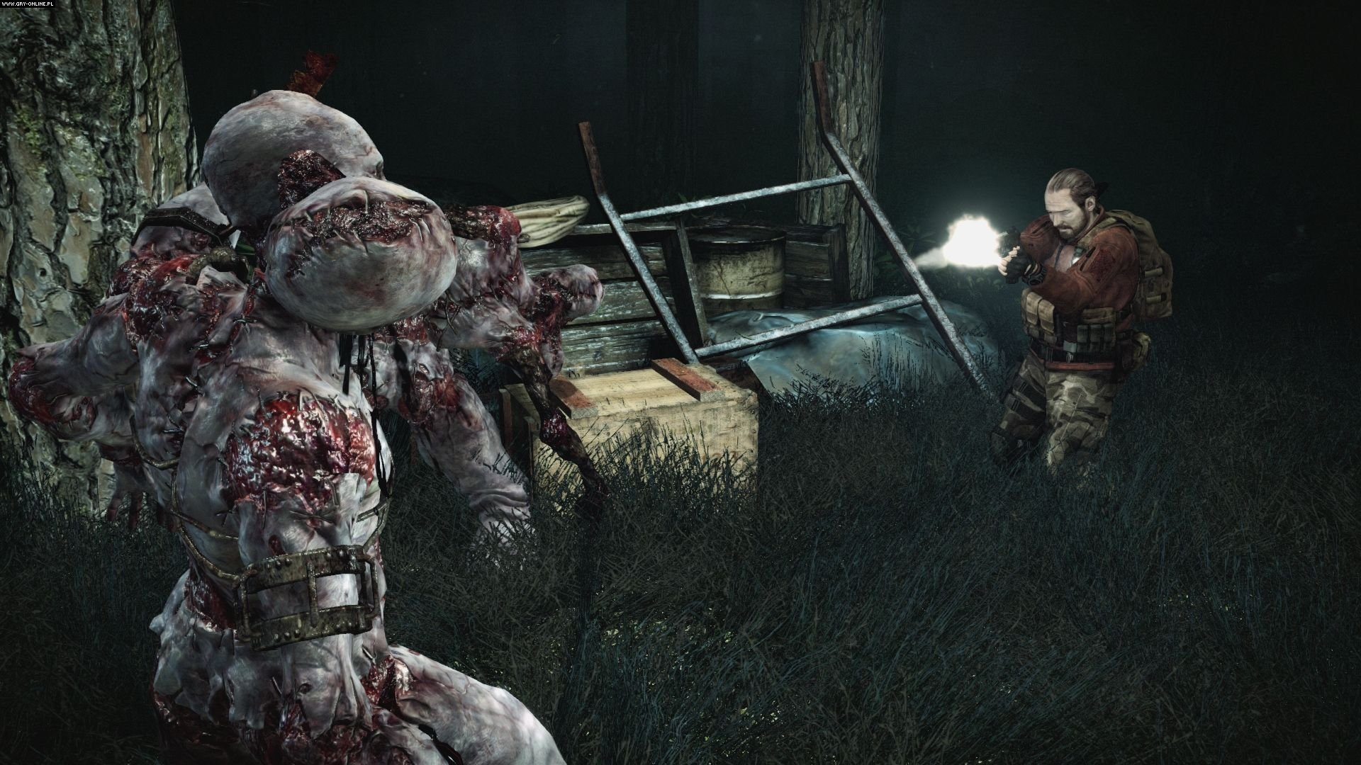 Resident Evil: Revelations 2 gameplay
